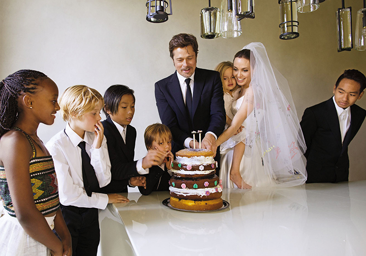 The Most Iconic Celebrity Wedding Photos | Page 35 of 80 ... Brad Pitt